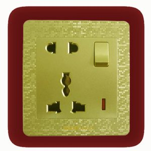five-pin-multi-socket-with-switch